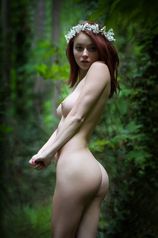 фото девушек голых арт